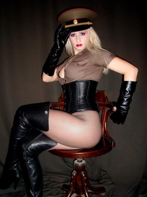 International Mistress (Kelly Kalashnik)